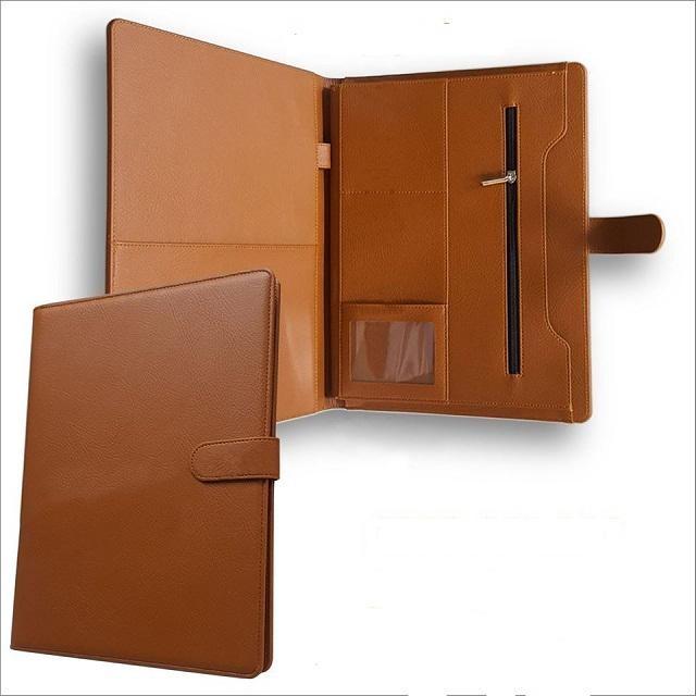 Thiết kế Folder cá nhân với bìa da chất lượng