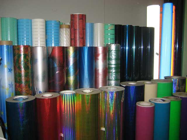 Các loại decal bóng dùng cho trang trí, in ấn quảng cáo