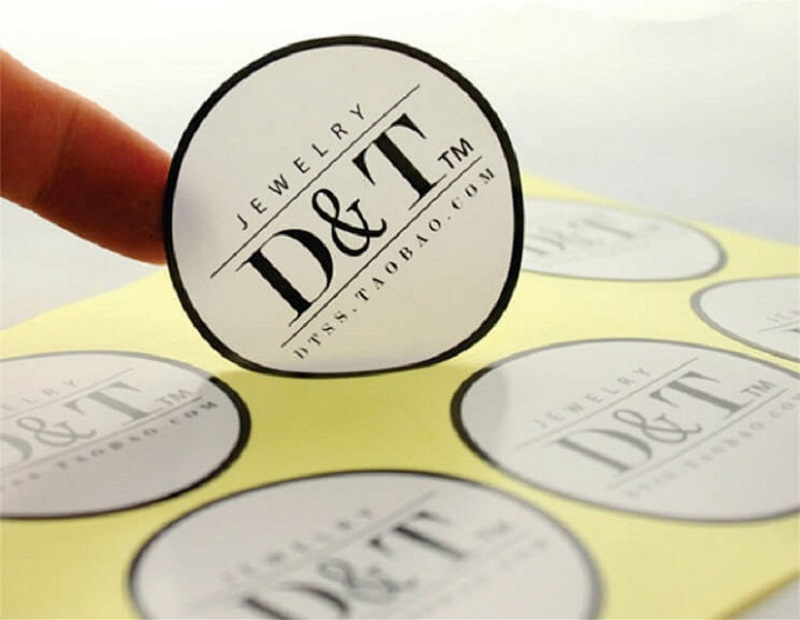In decal bế demi