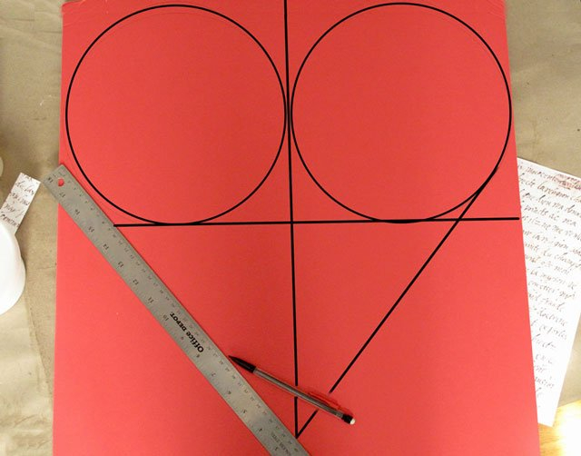 Cách vẽ trái tim trên giấy