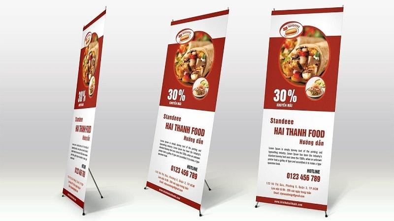 Quảng cáo sản phẩm bằng standee treo giá chữ X