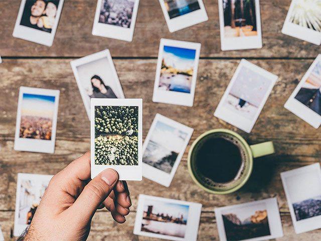 Có thể phân biệt các loại giấy in ảnh bằng cảm giác và quan sát thực tế
